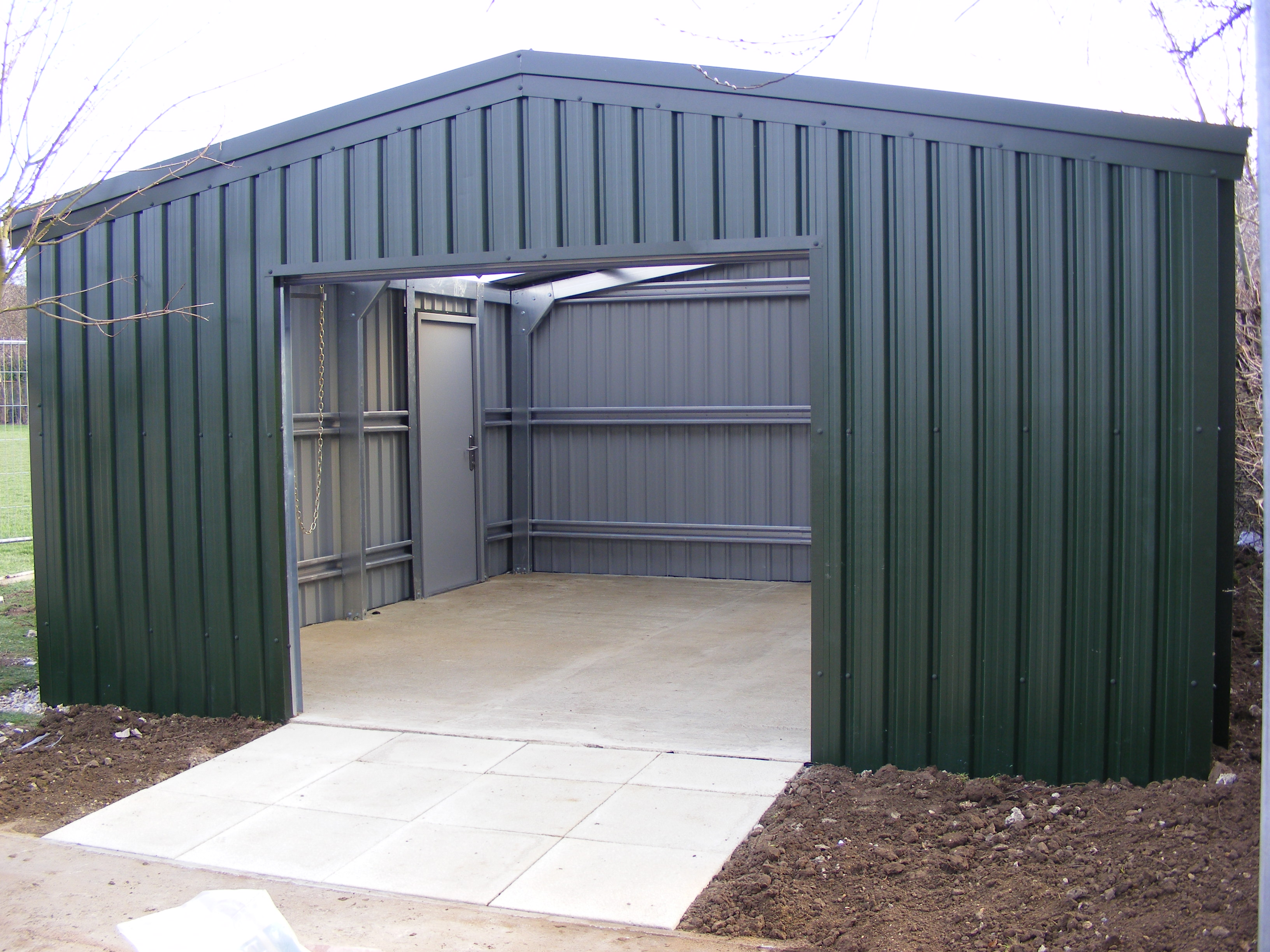 Online store steel buildings oz uk steel buildings for Large garage kits